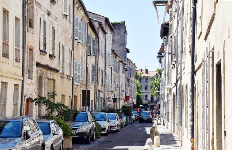 Smal straatje in Avignon