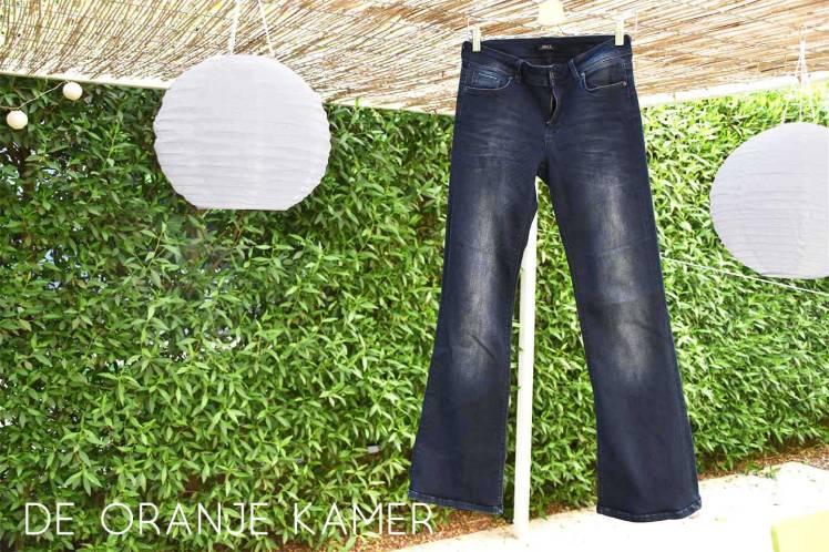 Afgewerkte jeans
